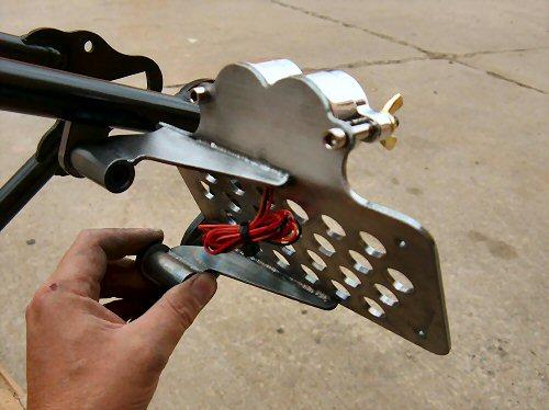 Hidden Axle Sidemount bracket
